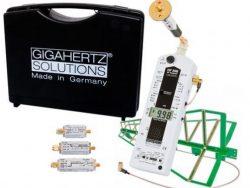HFE59B : Mesure professionnelle des HF de 800 MHz à 2500 MHz avec tous les accessoires