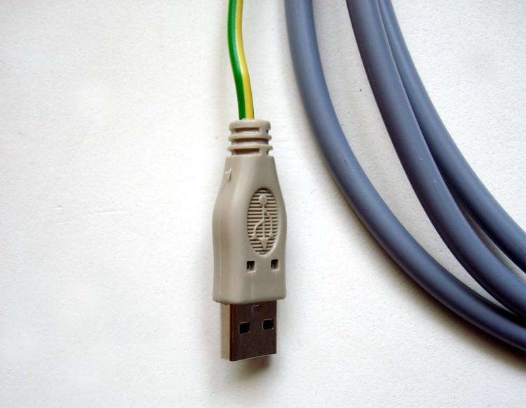 prise pour câble usb d'élimination des pollutions électriques
